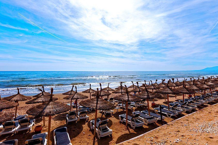 Official Tour Guide in Ronda, Málaga, Marbella - Beach