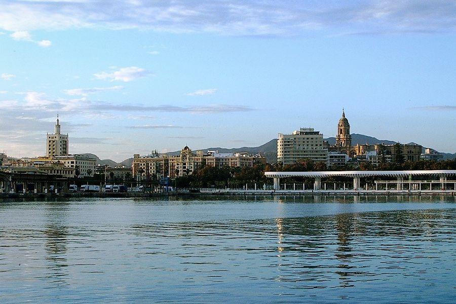 Official Tour Guide in Ronda, Málaga, Marbella - Malaga seaview