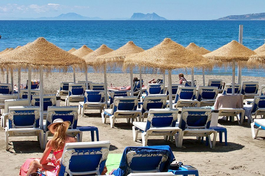 Guía turístico en Estepona - Playa de Estepona