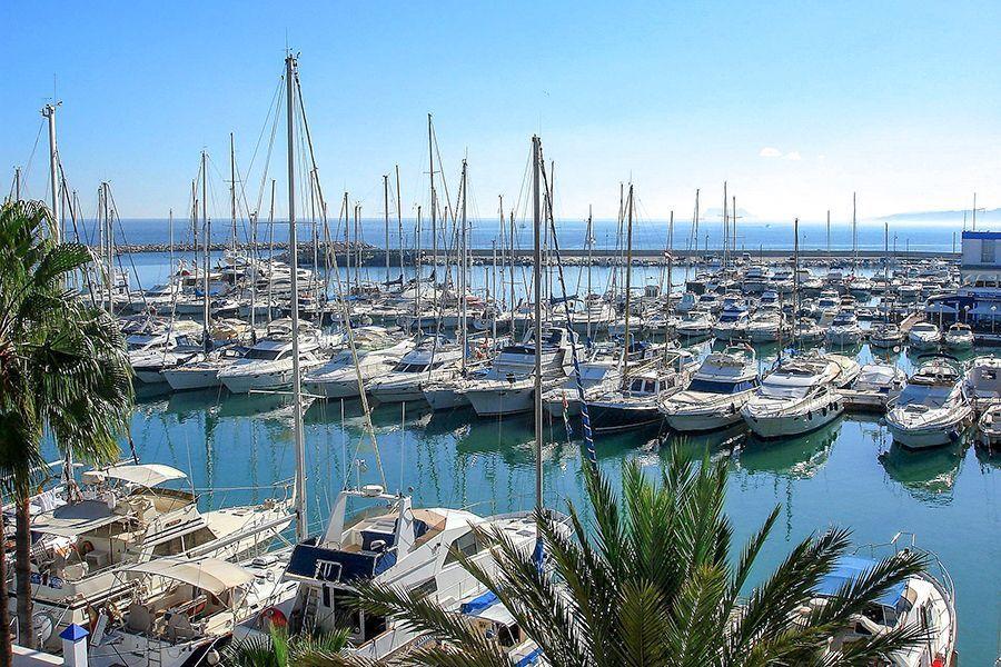 Guía turístico en Estepona - Puerto de Estepona